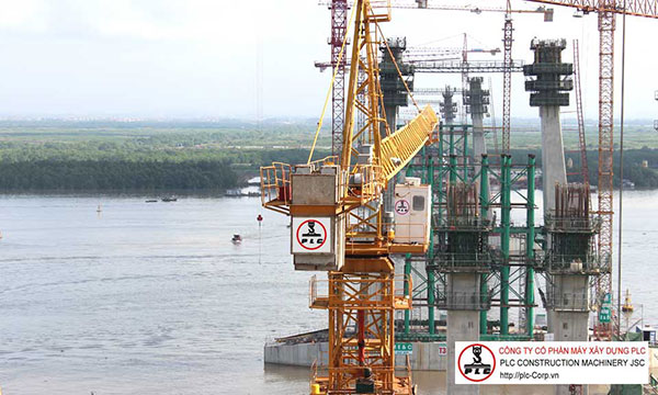 QTZ125 (6015) Tower Cranes Rental In Vietnam