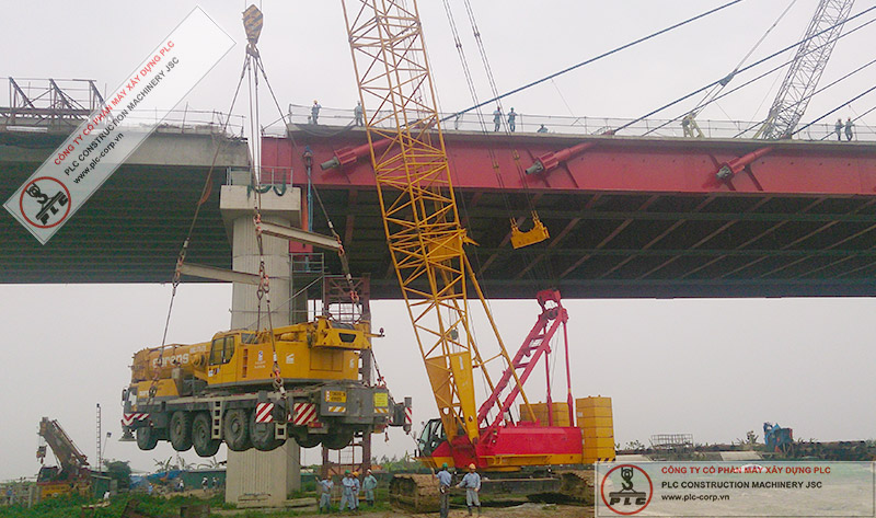 250 Ton Crawler Cranes Rental In Vietnam