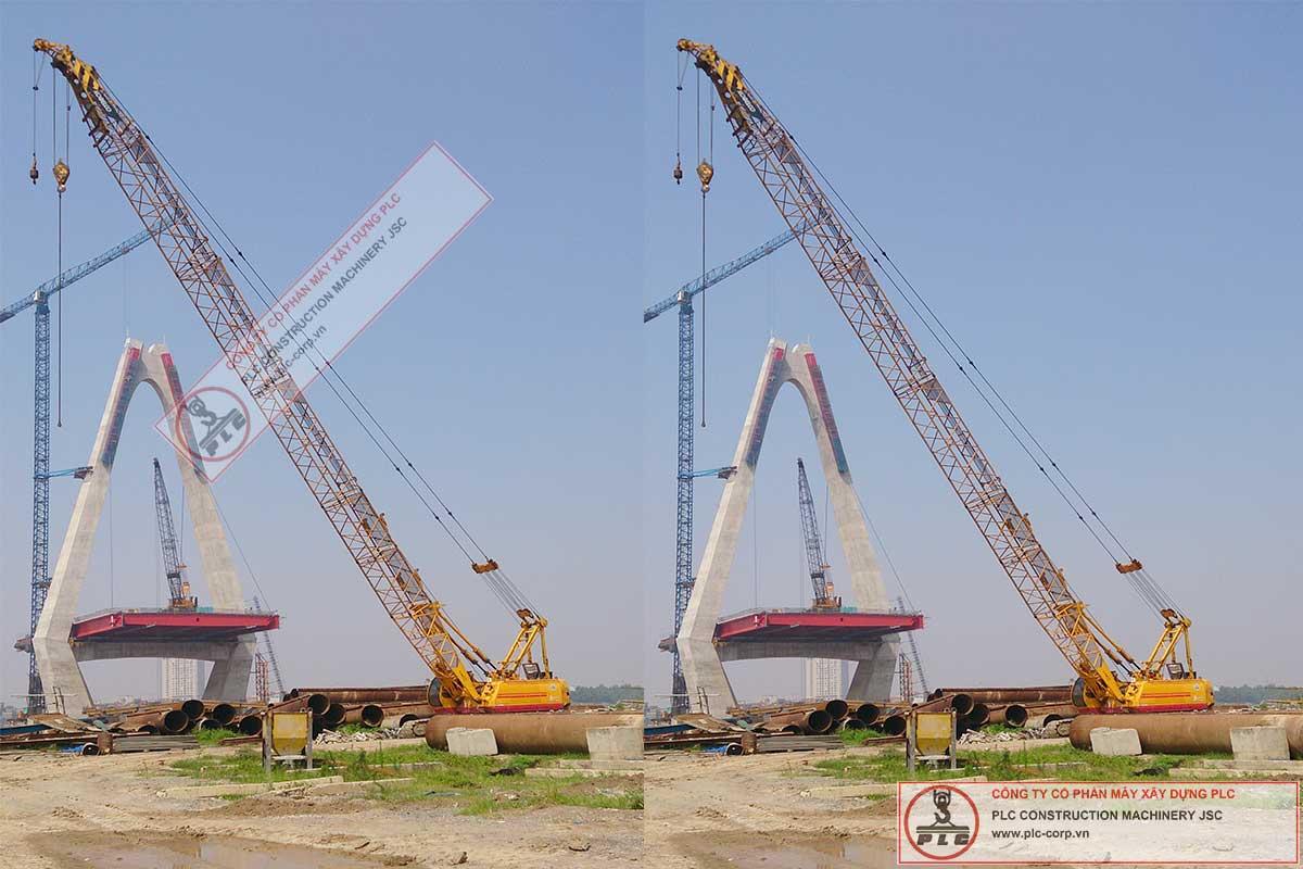 Cho thuê cẩu xích 55 tấn Kobelco 7055-II tại cầu Nhật Tân Hà Nội