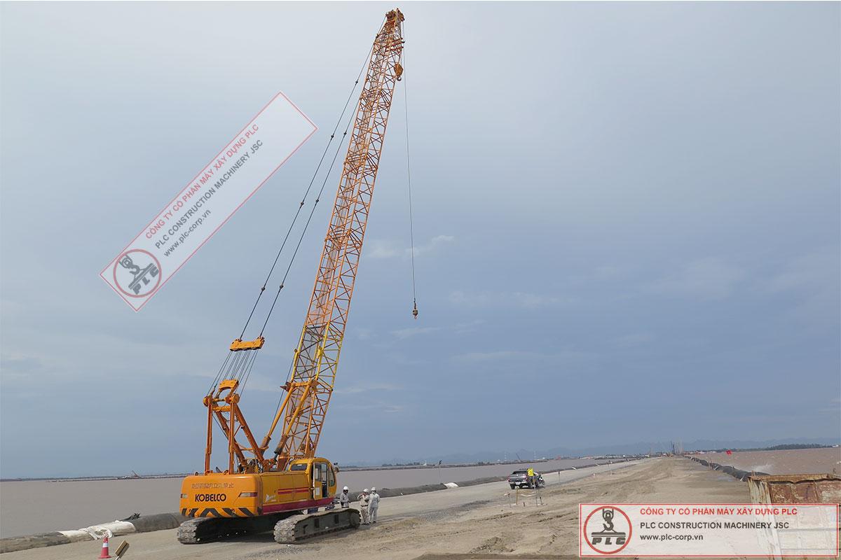 Cho thuê cẩu xích 55 tấn Kobelco 7055-II tại Cầu Tân Vũ Lạch Huyện Hải Phòng