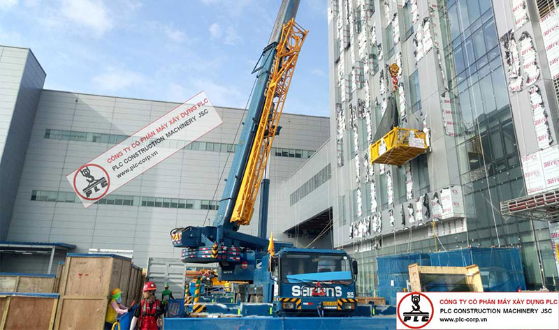 90ton Liebherr LTM1090 Mobile Crane For Rent