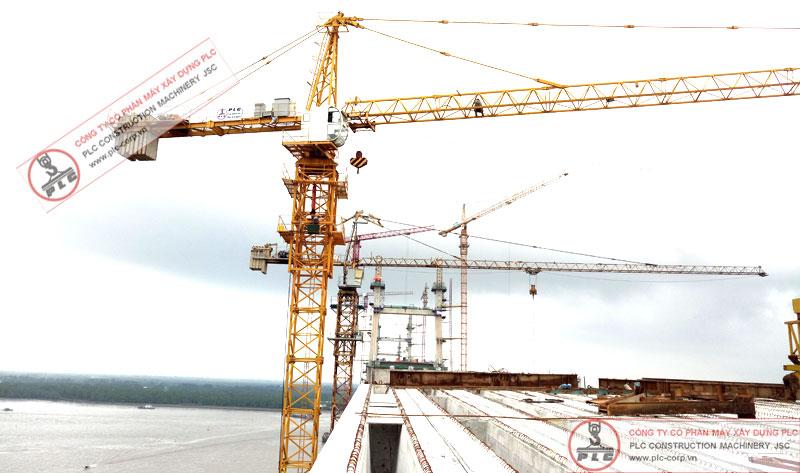 Cho thuê cẩu tháp 10 tấn QTZ125 (6015) tại Cầu Bạch Đằng Hải Phòng