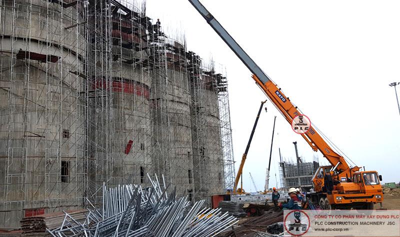 cho thuê cẩu tháp tại Quảng Ngãi với dự án nhà máy thép Hoà Phát