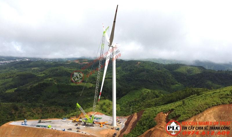 Cho Thuê Cẩu Xích 600 Tấn Lắp Dựng Điện Gió Của Công Ty PLC